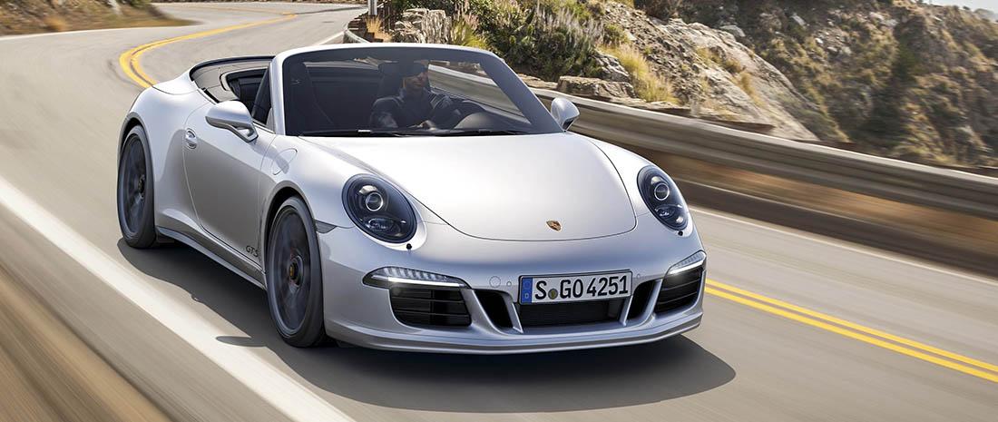 Duidelijke spyshots interieur porsche 911 turbo facelift for Interieur porsche