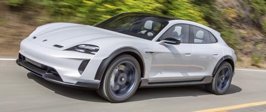 Mission E Cross Turismo in productie