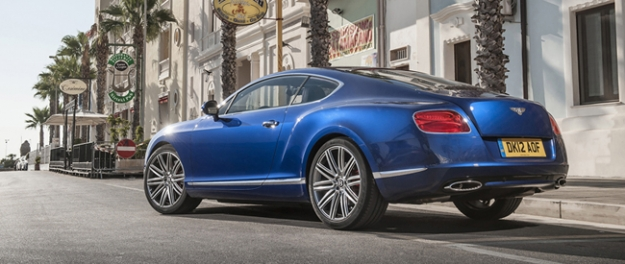 Bentley Continental Flying Spur en GT/GTC V8 in Parijs
