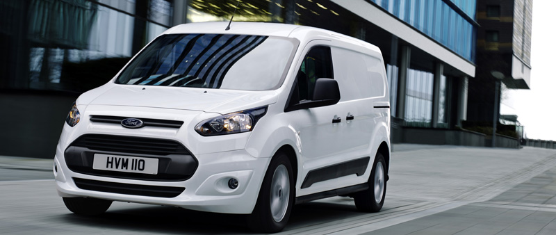 Gloednieuwe Ford Transit Connect is brandstofknaller