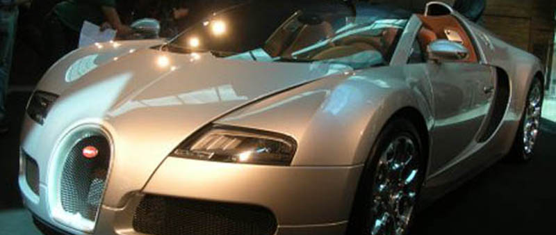 Bugatti Veyron Grand Sport introductie in Dubai