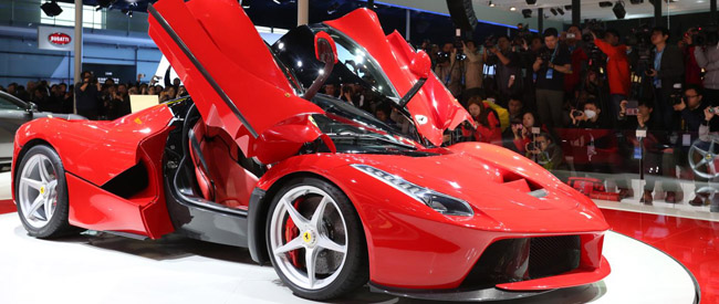 Ferrari LeFerrari is hybride supersportwagen uit Maranello