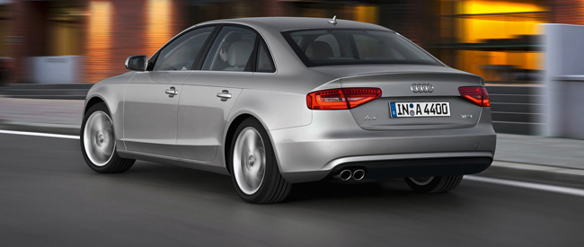 Audi A4 1.8 TFSIe direct leverbaar