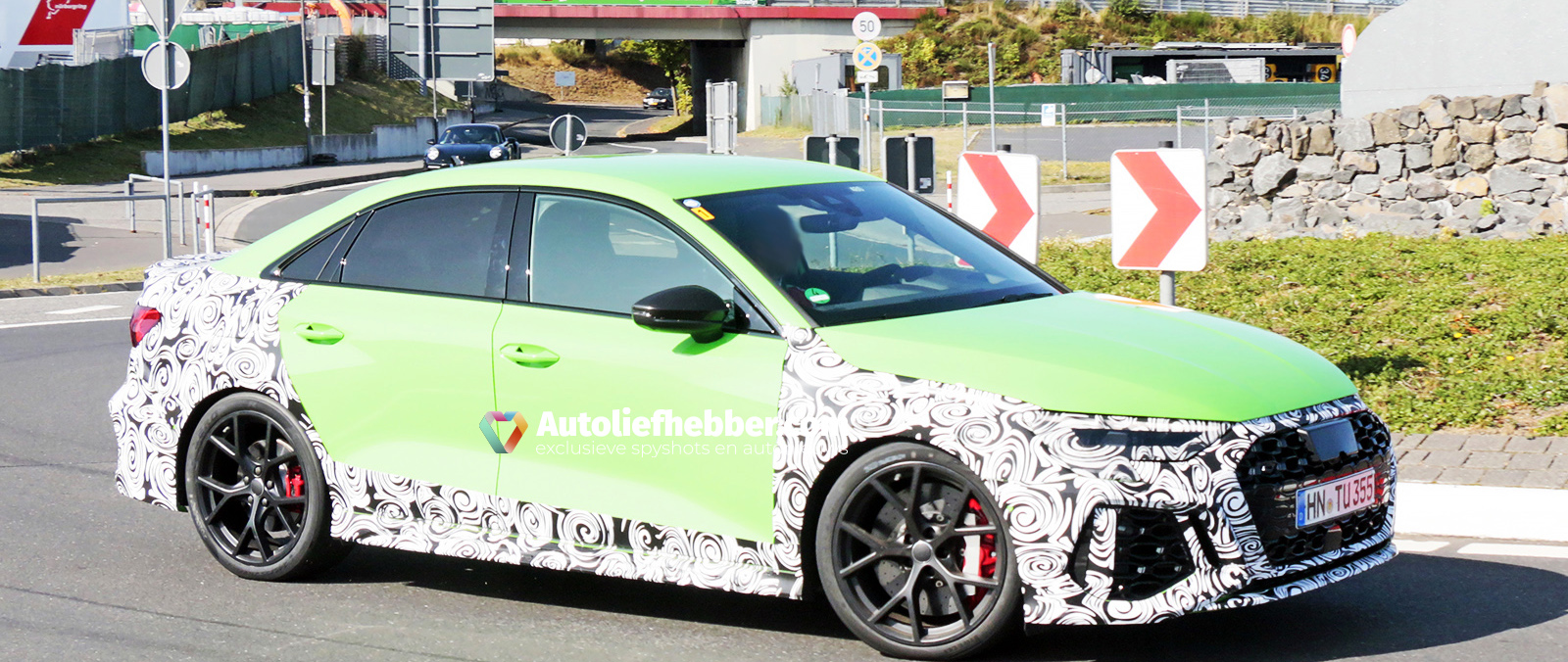 Audi RS3 Sedan verliest camouflage