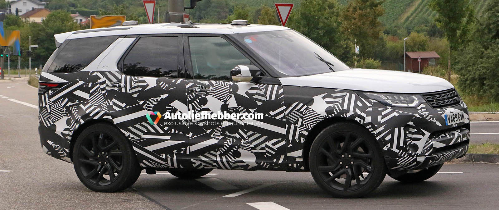 Spyshots Landrover Discovery Facelift