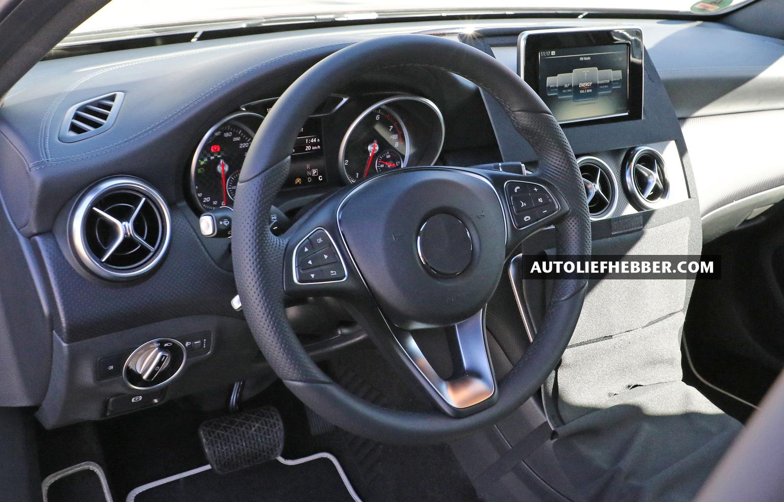 Betrapt mercedes a klasse facelift met interieur for Interieur mercedes a klasse