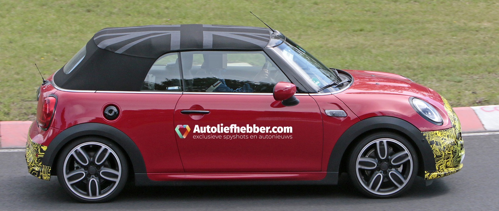 MINI Cooper S Convertible Facelift betrapt