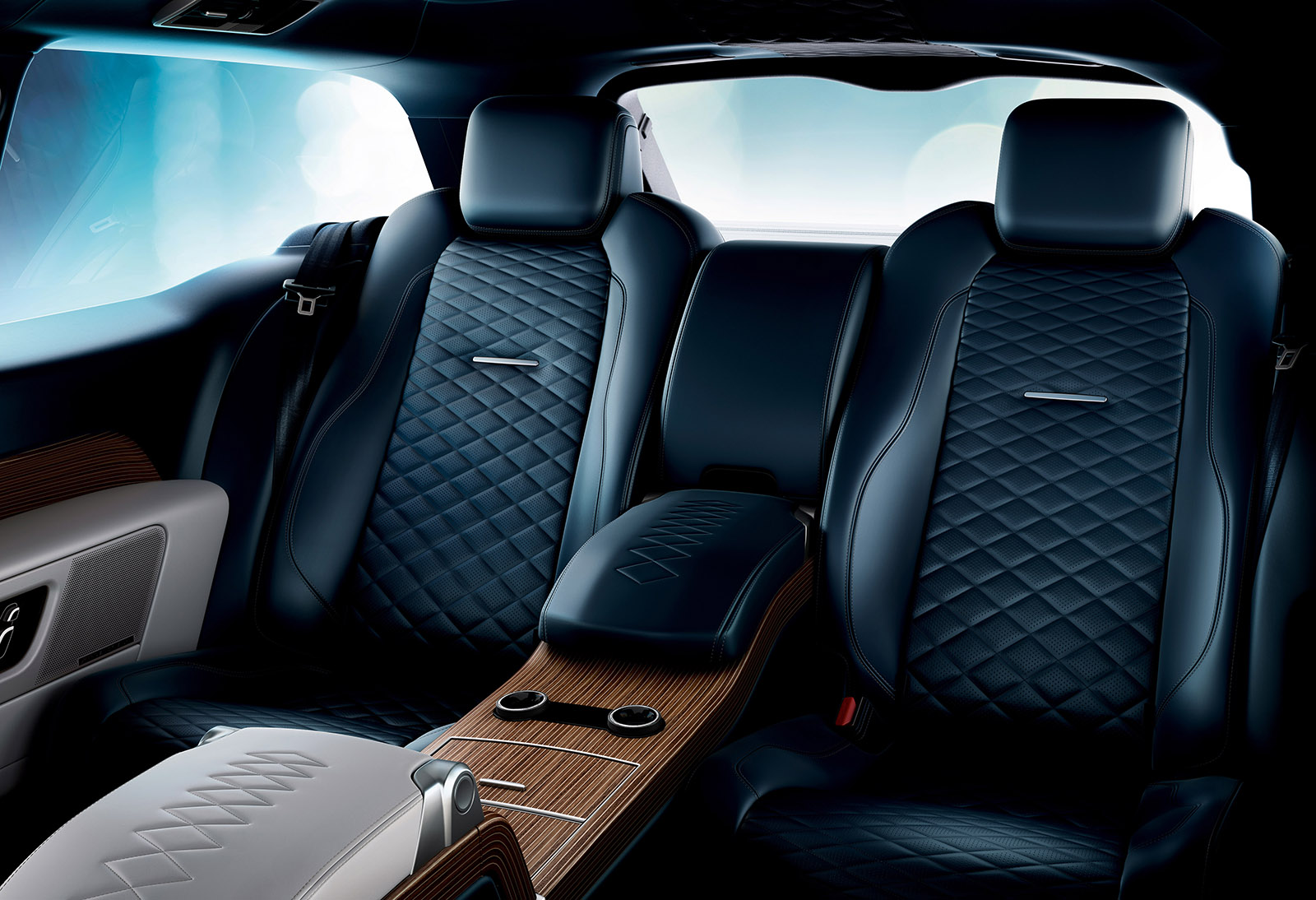 Range Rover SV Coupe is full-size luxury