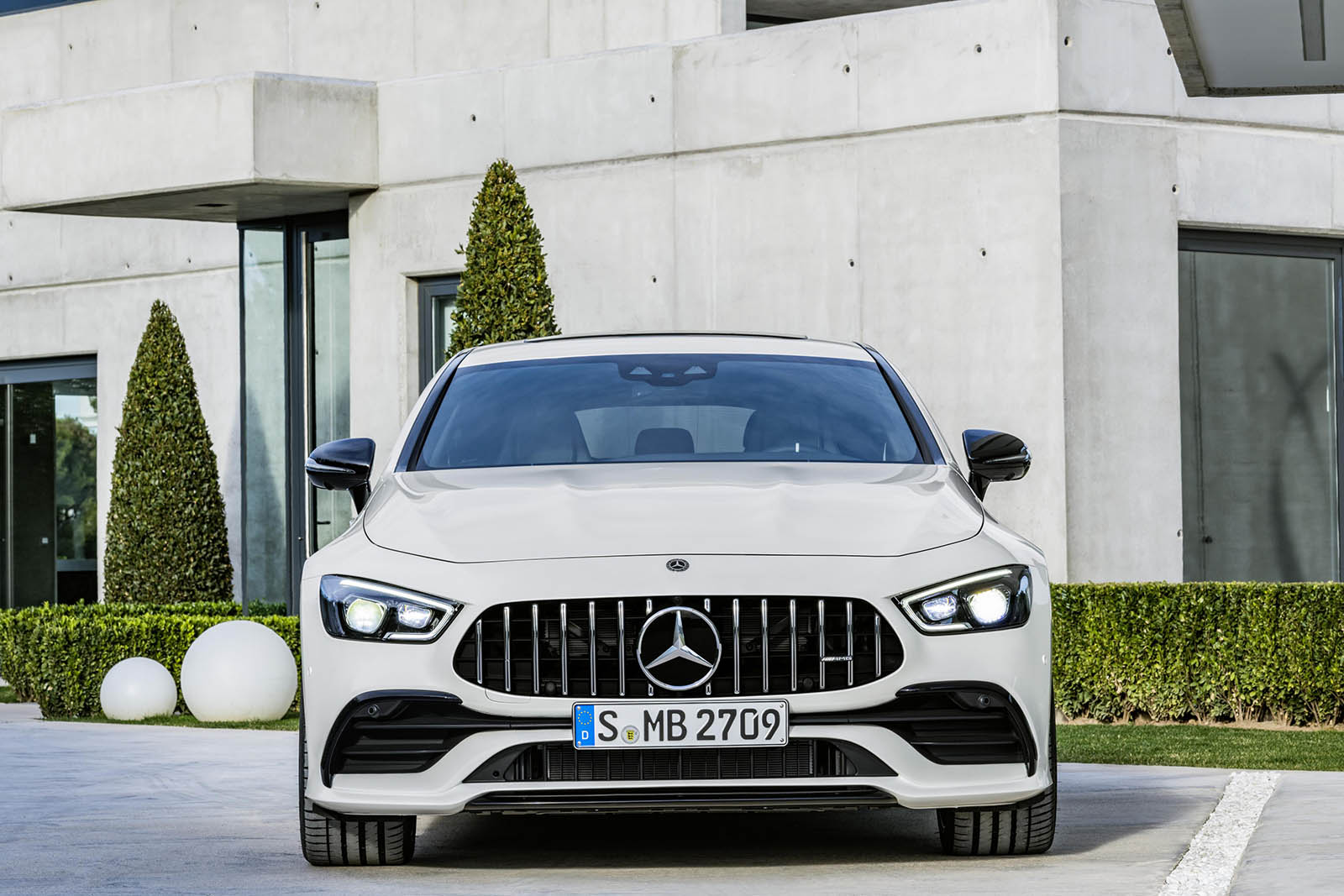 Mercedes-AMG GT 4-Door Coupe performance tijger