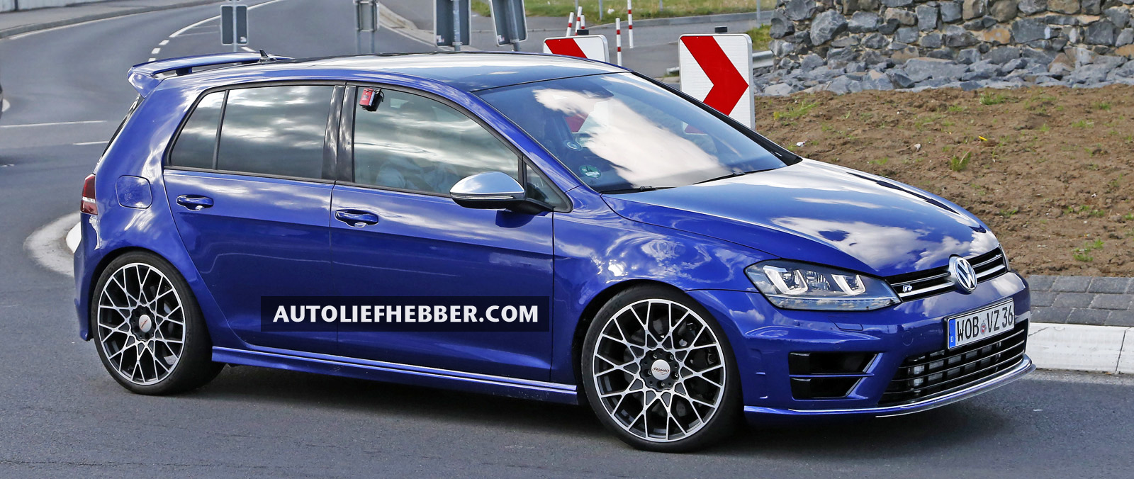 Volkswagen Golf R 400 in productie